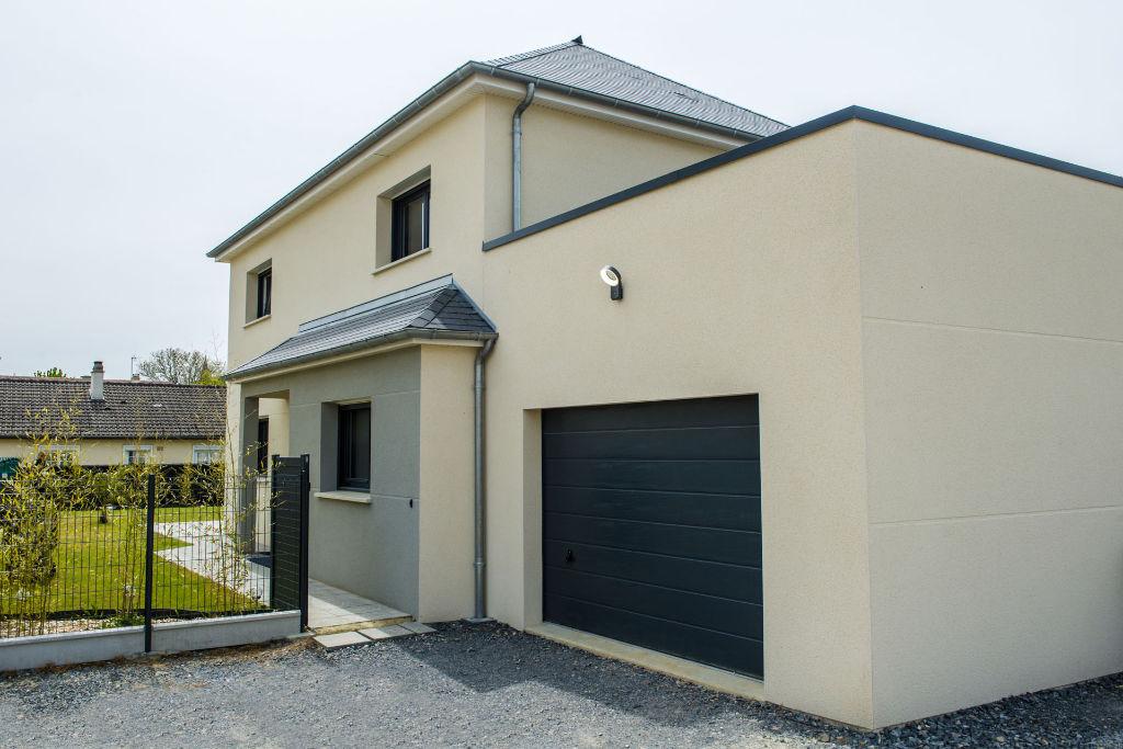 Maison personnalisée toit 4 pans