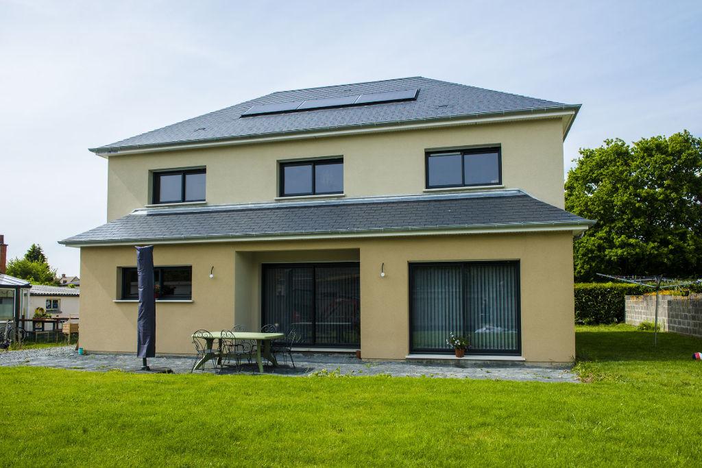 Maison sur mesure panneaux solaire