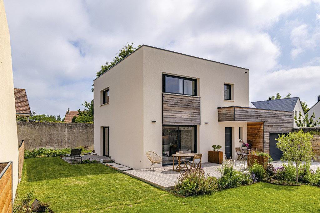 Maison individuelle toit plat bois
